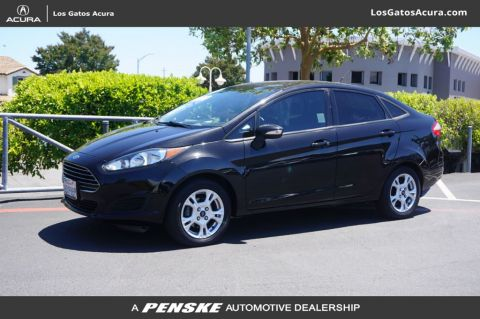 Pre-Owned 2014 Ford Fiesta 4dr Sedan SE